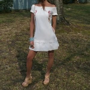 Anthropoligie Moulinette Soeurs Off shoulder Dress